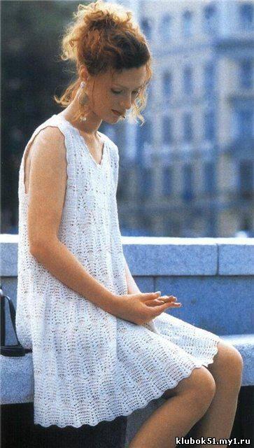 Летнее платье крючком.  Скатерть, юбка.  Сказка из каталога.