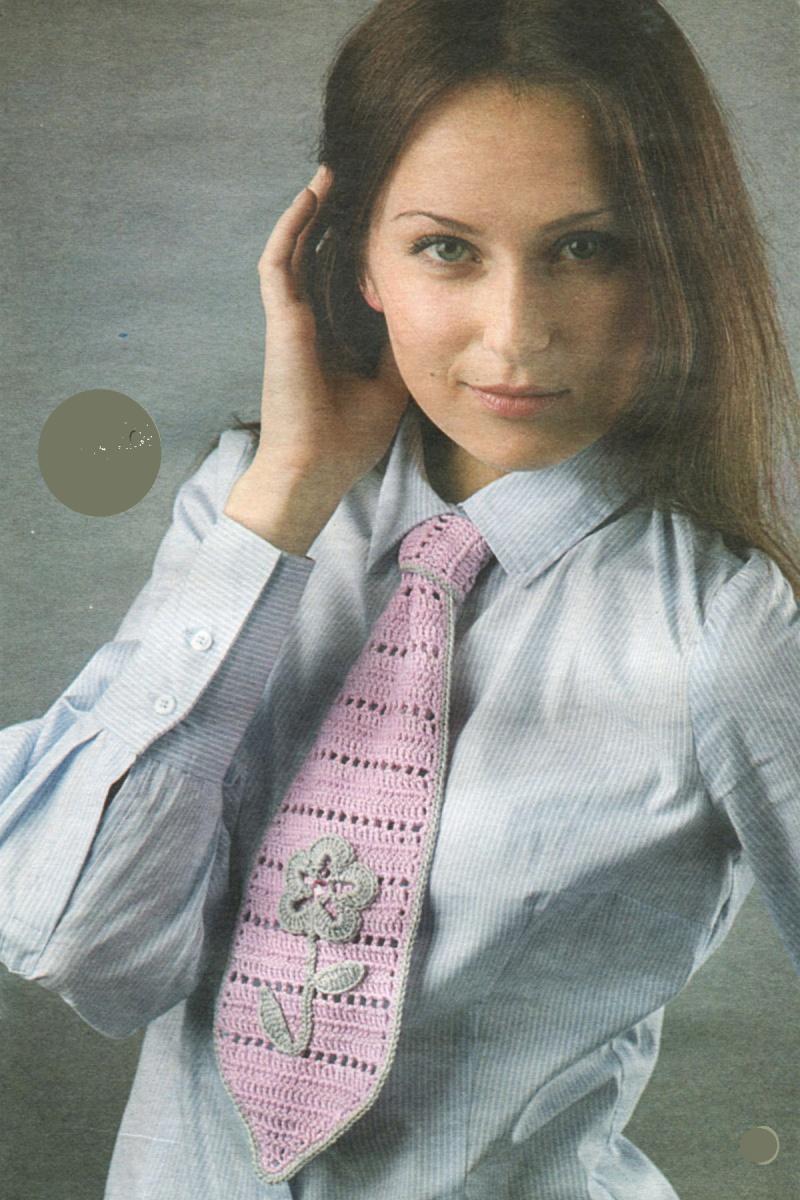 Вязаный галстук описание